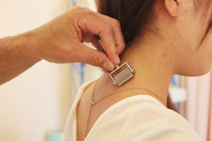 交通事故の首・肩の痛み
